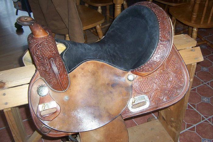 15 inch circle Y barrel saddle