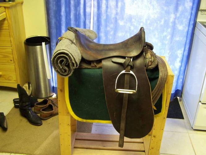military army saddle
