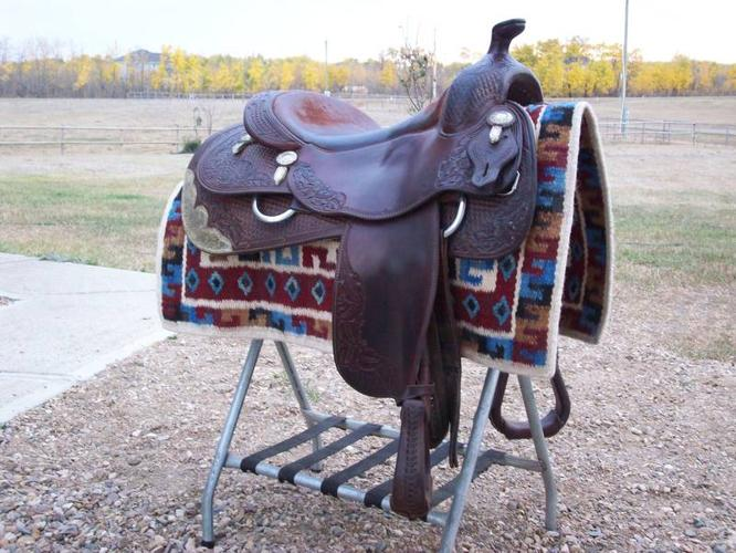 Vic Bennett Reining Saddle