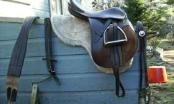 """15 """" english saddle for sale. nice condition. comes with leathers, stirrups, pad, girth, and reins. asking $300 obo"""