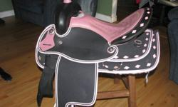 Saddle,Bridal and breast plate, full quarterhorse bars..$400.00 firm...reason for selling, don't fit our horse properly.
