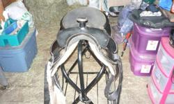 16'' seat western saddle for sale