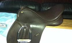 17 INCH BROWN BATES WINTEC  ALL PURPOSE WITH CAIR, HAS ADJUSTABLE GULLET COMES WITH MEDIUM GULLET AND REMOVABLE  KNEE BLOCKS, ITS IN EXCELLENT CONDITION. DOES NOT INCLUDE IRONS OR LEATHERS. COMES WITH SADDLE PAD AND COVER. ASKING $250.00 OBO