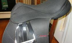 Durable and lovely Thorowgood Maxam synthetic saddle. Excellent condition, minimal use. Very easy to care for and very durable. Very comfortable saddle with a secure and balancing deep seat. Thorowgoods are Lightweight and reassuringly kind from the