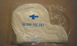 Roma Air Flow saddle pad. New, never taken to the barn. No marks or stains. Has been kept in the bag in my storage box. Paid 70$ for this pad originally. Very good quality.