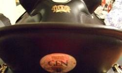 """Top of the line Tucker Gen 11 High Plains trail saddle with western fenders, Black with brass hardware, 15/1/2"""" western sizing/16 1/2inch seat tucker sizing (135lbs-185lbs),Excellent new condition,10 year tree warranty,Designed for long comfortable hours"""