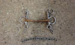 """Picture 1 Copper Pehlam Bit 5 1/2"""" asking $15 Picture 2 Twisted Copper Full Cheek Snaffle Bit 5 1/2"""" asking $15"""