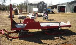 Excellent shape, light horse sleigh.   Steel, adjustable tongue.