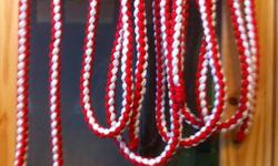 Lead Ropes by Kaylee ave 7ft to 8ft in length ,made of polynylon hand braiden round, with loop end for easy changing of snaps machine washable hang to dry  in stock  4red/white, 7royal blue/white winter over stock clearence price:$8.00 each snapes are