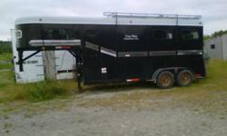 2003 Mcbride horse trailer. Very good condition. 2+1 design. Comes with roof rack and electric brakes. Call or email for more info