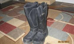 Hello I have a pair of mountain horse riding boots for sale. These boots are size 1 and are insulated, They have been worn once and are in mint condition. Very easy to get on and off and are very comfortable. I got them for my birthday but they didnt fit