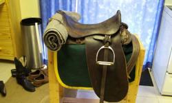 antique army saddle excellent condition. 1920 s ????