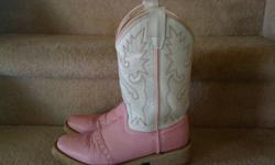Size 7 pink cowboy boots