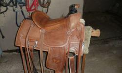 SMM Wade Roper 16in Saddle. Next to new. Very comfortable seat.  Call 780-961-3395      leave a message