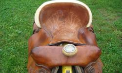 This is an exceptional saddle. Nicely broken in and made to fit the horse and rifer comfortably.   525.00 Contact Gary 519.630.1235 London. ON Area